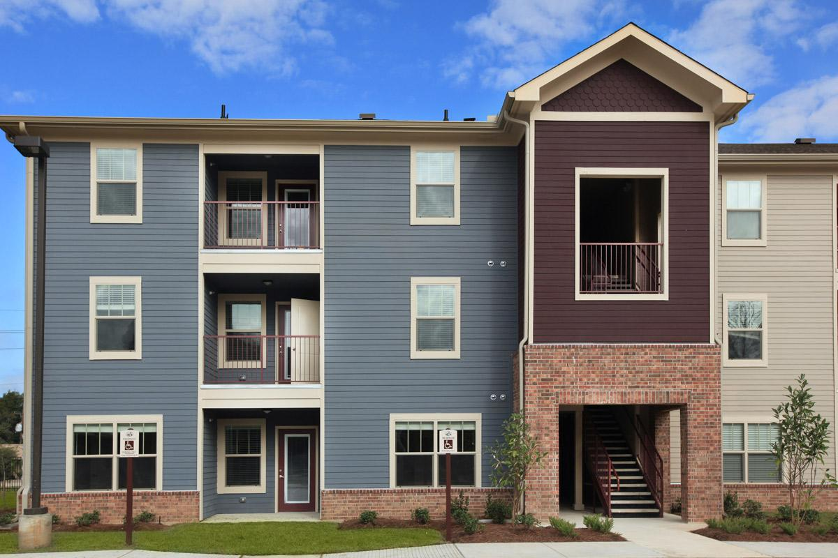 Greenwell Springs Apartments